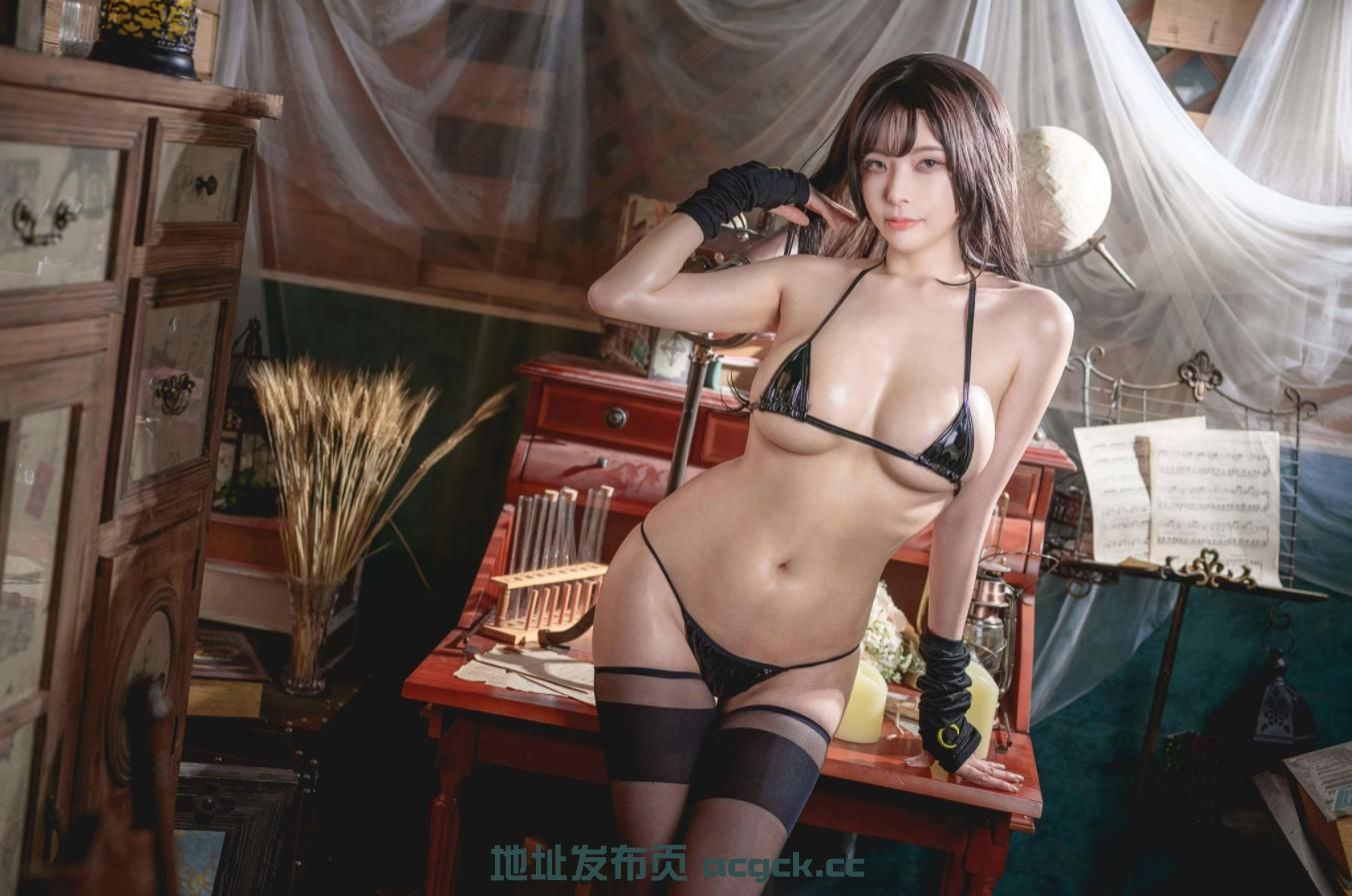 【神级COS】微博网红:秋和柯基 极品COS!6套最全合集【超赞御姐/极品身材/3G】