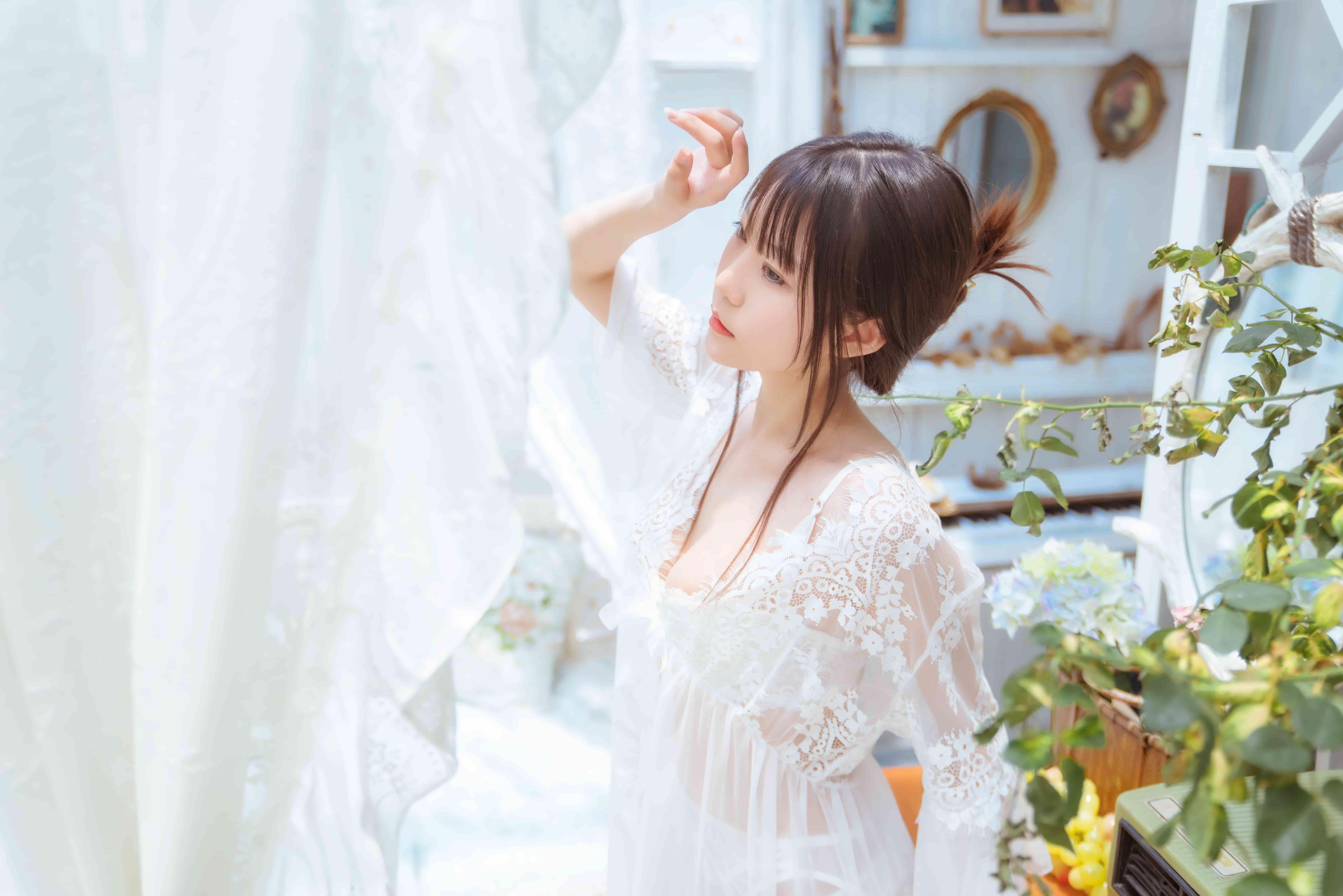 香草喵露露-玻璃房少女[79P-1.13G]